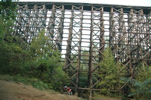 Local photographer Ben Tate took this picture of the #10 span. His and other pictures can be found by searching photos at bridgehunter.com and panoramio.com